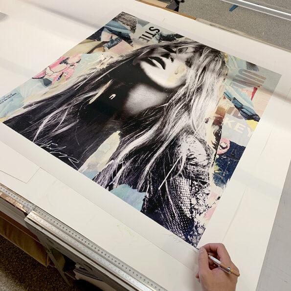 300 grams paper 80x80cm
